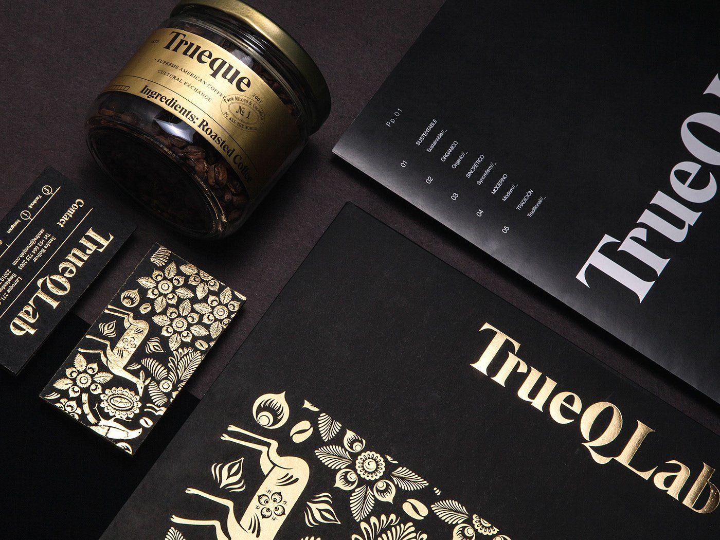 Design Trends 2020 - 04: Gold auf Printprodukten, Foto von FUNDAMENTAL Studio