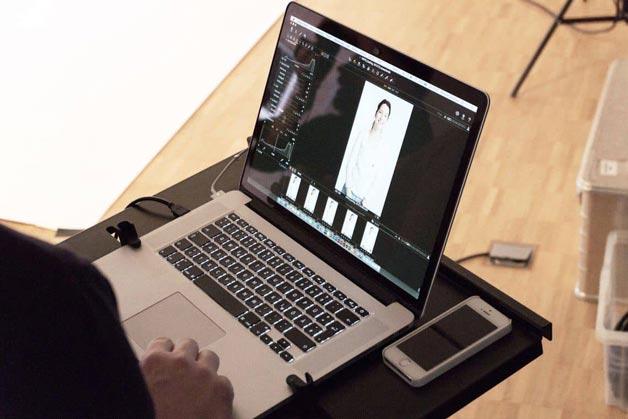 Detailaufnahme Bildverarbeitungsprogramm auf dem Laptop - Windrich & Sörgel